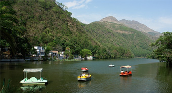 hotels at renuka lake